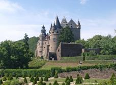 Schloss Bürresheim oberhalb von Mayen (Foto: Klaus Graf | http://commons.wikimedia.org | Lizenz: CC BY-SA 3.0 DE)