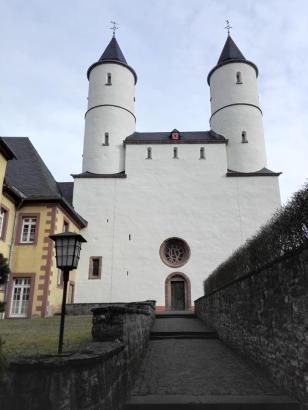 Klosterbasilika aus dem frühen 12. Jahrhundert