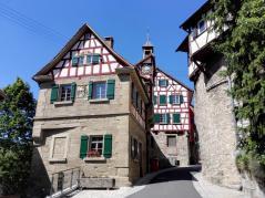 Das alte Backhaus mit der weltweit ältesten noch funktionierenden Turmuhr