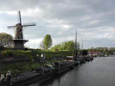 Alte Windmühle am Fluss Linge
