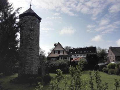 Türmchen und ehemaliger Gutshof der Abtsküche