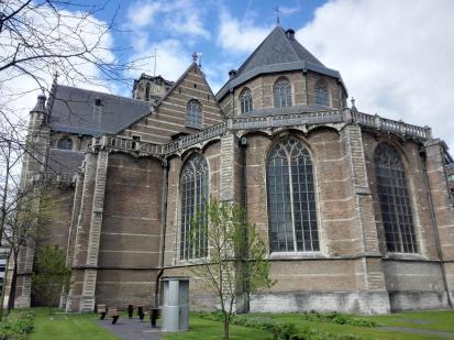 Die große Laurenskerk im Zentrum von Rotterdam