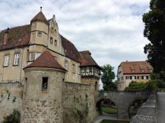 Blick in den Burggraben
