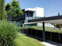 Noble Häuser am Ortsrand von Heilbronn an den Wienhängen
