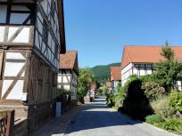 Dorfstraße in Lindewerra