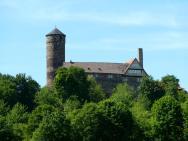 Blick von Südosten auf Burg Ludwigstein (Foto: Jan Stubenitzky | http://commons.wikimedia.org | Lizenz: CC BY-SA 3.0 DE)
