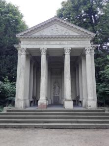 Der Minervatempel