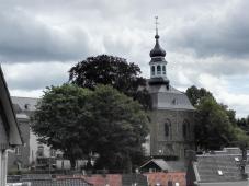 Die katholische Pfarrkirche St. Mariä Himmelfahrt am Klosterhof