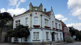 Das alte Rathaus unterhalb der Burg