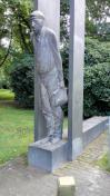 Denkmal für die Werftarbeiter, die hier zahlreiche Kriegsschiff bauten