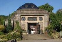 Die Nibelungenhalle in Königswinter (Foto: Tohma (talk) | http://commons.wikimedia.org | Lizenz: CC BY-SA 3.0 DE)