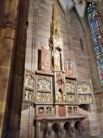 Hochaltar in der Seitenkapelle der heiligen Katharina