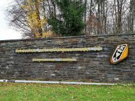 Oben auf den Moselhöhen kommen wir an der Brauheck-Kaserne vorbei, wo das Taktische Luftwaffengeschwader 33 stationiert ist