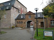 Eingang zum Haus Overbach