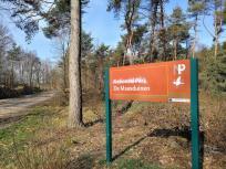 Gleich hinter der Grenze beginnt der niederländische Nationalpark De Maasduinen
