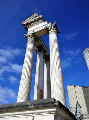 Antike Tempelsäulen
