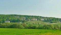 Die Landes-Psychatrie unterhalb des Klosters