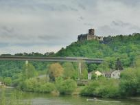 Burg Lahneck oberhalb von Lahnstein