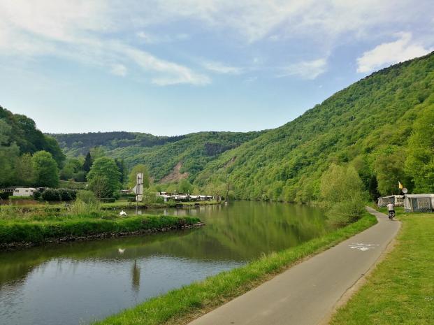 Landschaft an der Lahn kurz vor Lahnstein