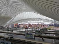 Blick über die Gleise zur Innenstadt