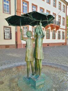 Skulptur am Ballplatz