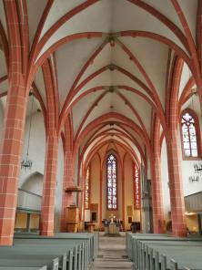Innenraum der evangelischen Stadtkirche
