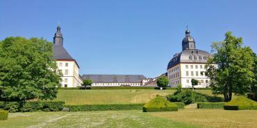 Blick hinauf zum Schloss Friedenstein