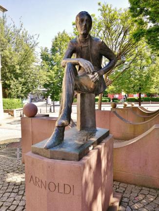 Denkmal für Ernst Wilhelm Arnoldi, dem Gründer der Gothaer Versicherung