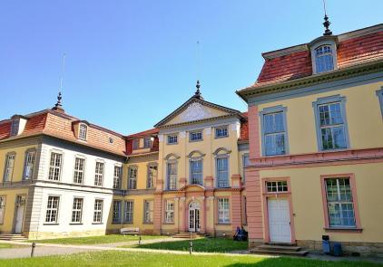 Prinzenpalais, Seitenansicht