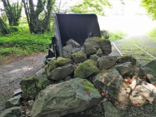 Alte Lore als Anschauungsobjekt auf dem Rundweg um die Grube Rohdenhaus