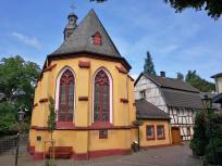 Die historische Kapelle in Scheuren