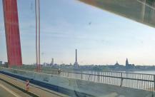 Blick von der Rheinbrücke auf die Stadt Emmerich
