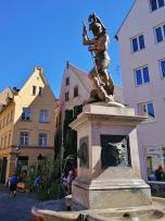 Brunnen am Perlachberg