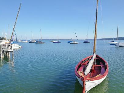 Segelboote auf dem See