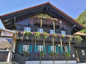 Haus auf der Schatzbergalm