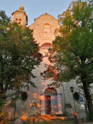 Fassade der Heilig-Keuz-Kirche auf der Ostseite