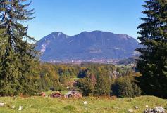 Blick zurück auf den Wank hinter Partenkirchen