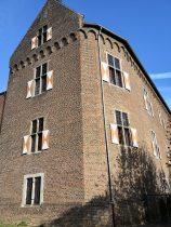 Reste des Alten Schlosses, das Ende des 13. Jahrhunderts in der Nähe einer alten Römerstraße vom Rhein zur Maas entstand