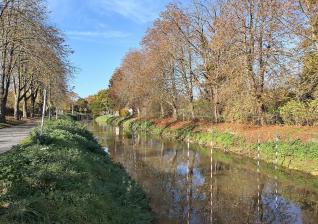 Die Wildwasser-Kajak-Strecke an einem flutbaren Erftkanal