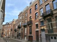 Typische Balkone der Stadthäuser aus dem 19. und 20. Jahrhundert