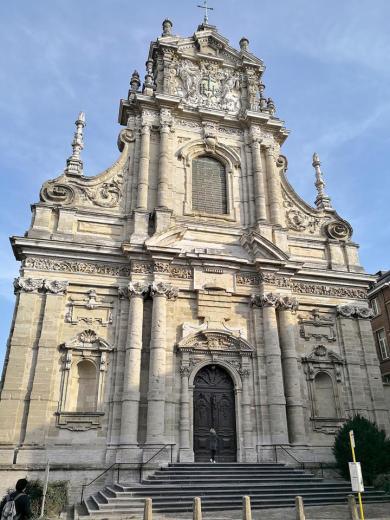 Frontseite der Sint Michaelskerk