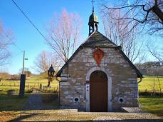 Die Rochuskapelle aus dem 17. Jahrhundert am Ortsrand von Kelmis ist den Bergleuten der Region gewidmet