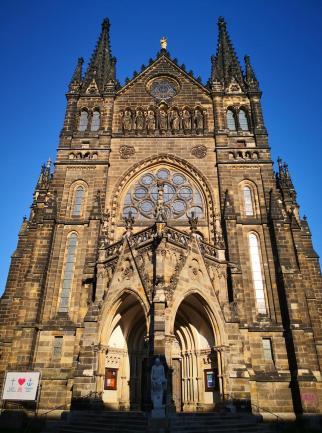 Portal der Peterskirche