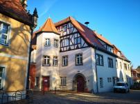 Haus der Gemeindeverwaltung Wiesenburg vor dem Burgtor