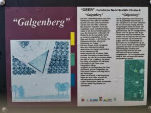 Infotafel am Galgenberg auf den Hinsbecker Höhen, auf dem früher Gerichtsurteile gefällt und vollstreckt wurden