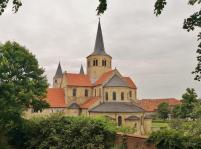 Rückseite der St.-Godehard-Basilika