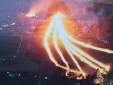 Leuchtspur der 6 Osterräder auf ihrem Weg hinunter nach Lügde