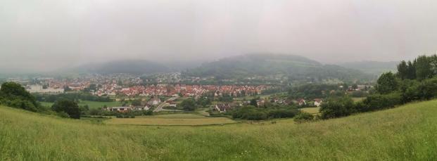 Panoramablick vom Osterberg hinunter nach Lügde