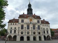 Das Rathaus Lüneburg, vom Marktplatz aus gesehen