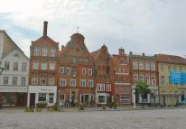 """Giebelhäuser am Platz """"Am Sande"""